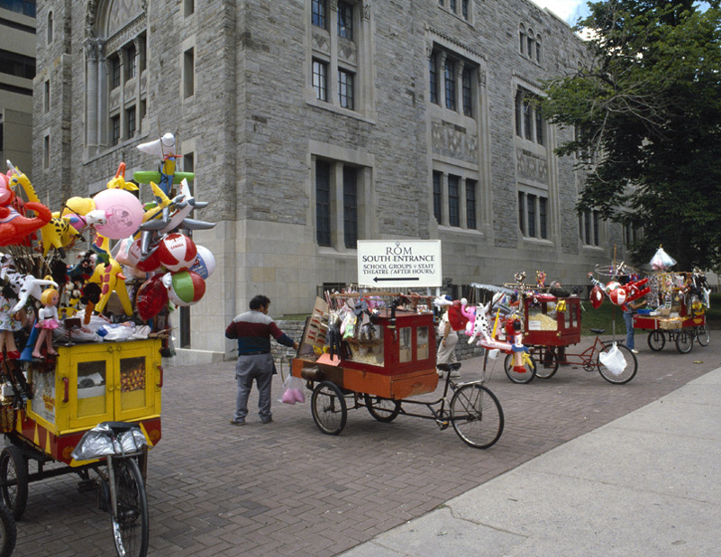 popcorn cart on sidewalk