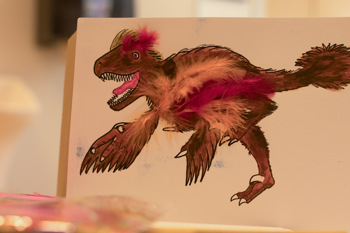 2._sk_feathered_velociraptor_craft.jpg
