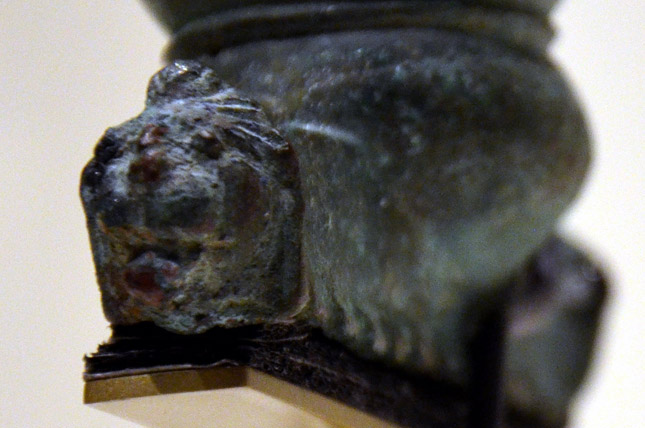 Detail of the guard with head of a lion (photo by Kay Sunahara)