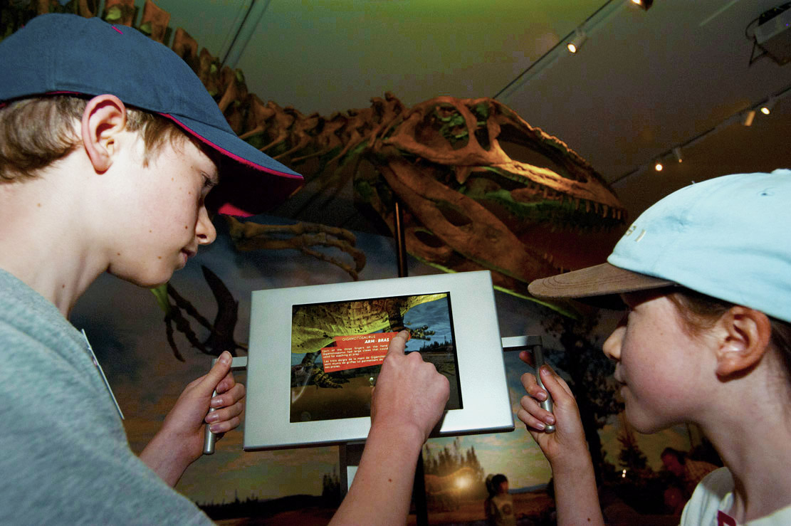 INSIDE THE ULIMATE DINOSAURS EXHIBITION