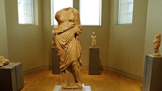 Sculpture romaine dans la Galerie Eaton de Rome