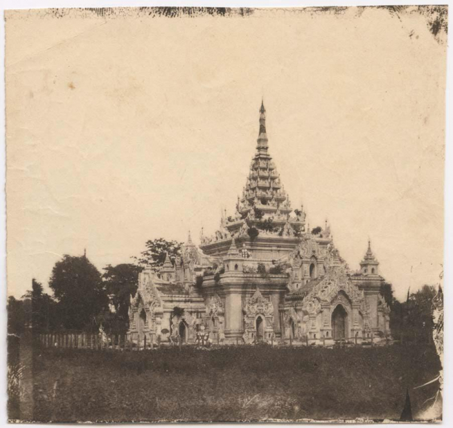 Black and white pagoda image