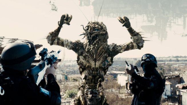 Image Credit: Director of Photography TRENT OPALOCH; Director NEILL BLOMKAMP. DISTRICT 9 image copyright TRISTAR PICTURES INC.