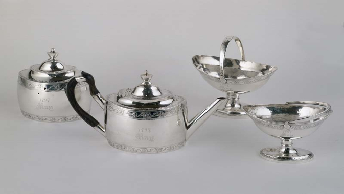 Tea Set, Workshop of Robert Cruickshank, circa 1797  © Royal Ontario Museum