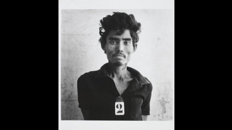 Avec l'aimable autorisation du Musée du génocide de Tuol Sleng et du Photo Archive Group